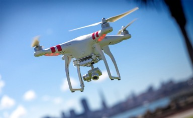 DJI-Phantom-2-Vision+-Quadcopter-2
